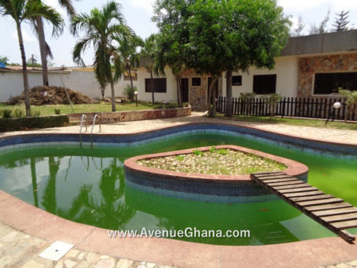 5 bedroom house with swimming pool for rent at Abelemkpe in Accra, Ghana