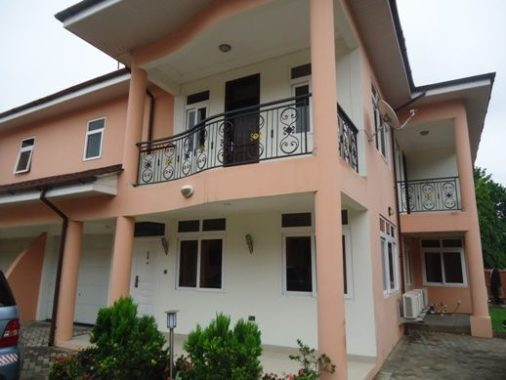 4 bedroom townhouse for rent in North Ridge, Accra Ghana