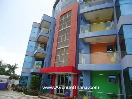 3 bedroom furnished apartment to let in Osu, Accra
