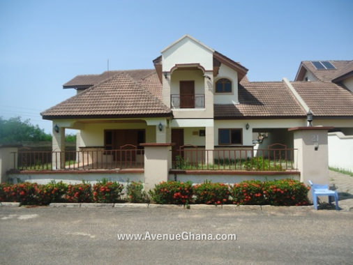 4 bedroom Estates house to let at Buena Vista in Sakumono, Accra