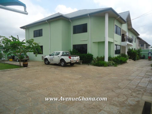 6 bedroom property for sale at Tema Community 20 in Ghana