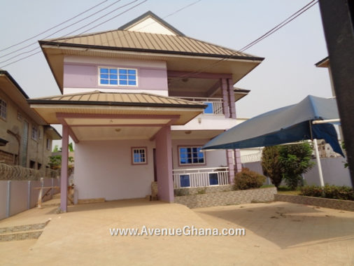 4 bedroom house for rent at Kisseman in Accra