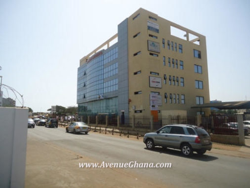 Commercial property for rent in Tema Ghana, office facility to let at Tema community one near the main Harbour