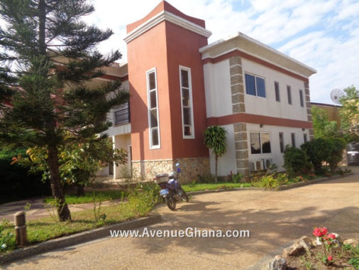 4 bedroom house for rent in Cantonments Accra Ghana