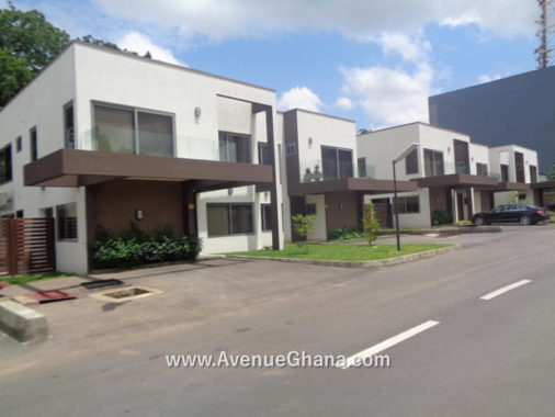 4 bedroom house for rent in North Ridge in Accra