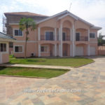 4 bedroom house with swimming pool for rent in Cantonments Accra Ghana – near American Embassy