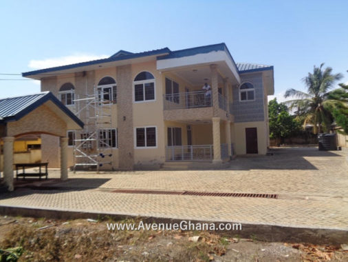 8 bedroom house for rent in Cantonments near The Bank Hospital, Accra