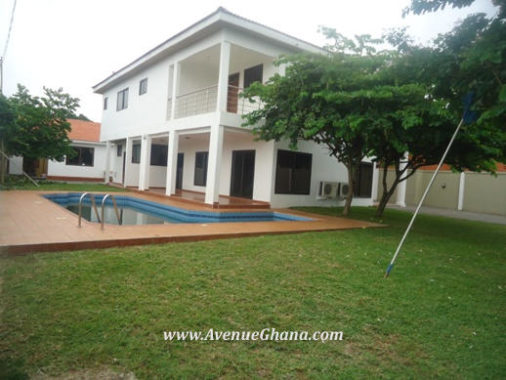 3 bedroom house with swimming pool for rent in Dzorwulu, Accra Ghana