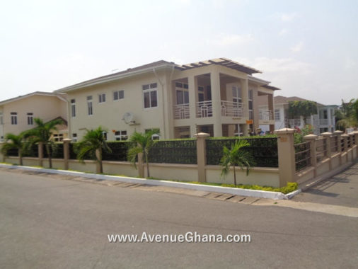 5 bedroom furnished house for rent at North Ridge near Ridge Hospital, Accra