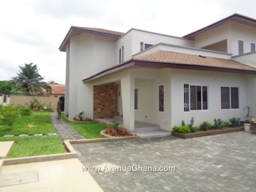 4 bedroom house with outhouse for rent at Tesano Residential Area, Accra