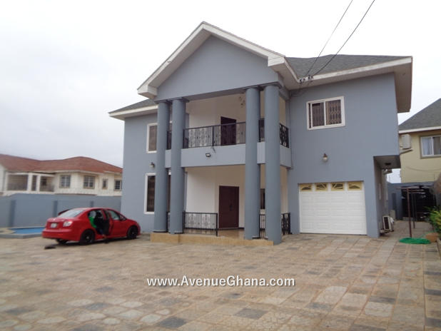 4 bedroom Estate House with swimming pool for rent at East Legon, Adjiringanor near Trasacco in Accra Ghana